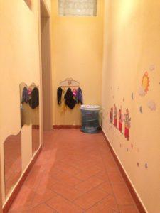 Il Corridoio con l'angolo del gioco del travestimento.